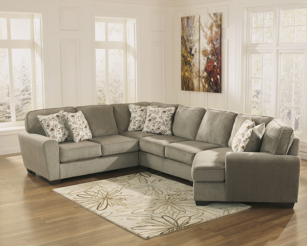 Patola Park Patina Sectional Sofa With Cuddler Seat