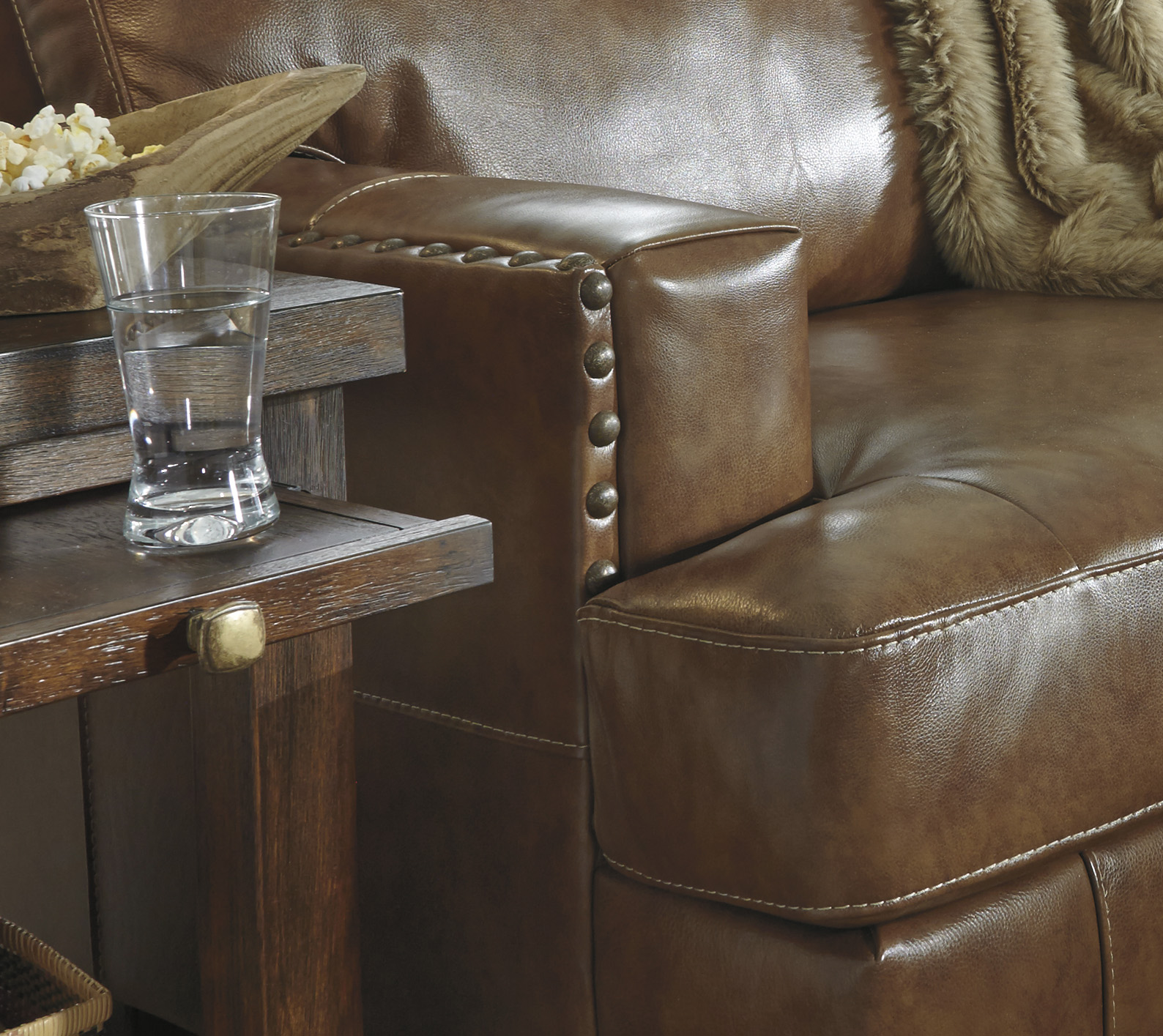Vincenzo Nutmeg Leather Sectional Marjen Of Chicago