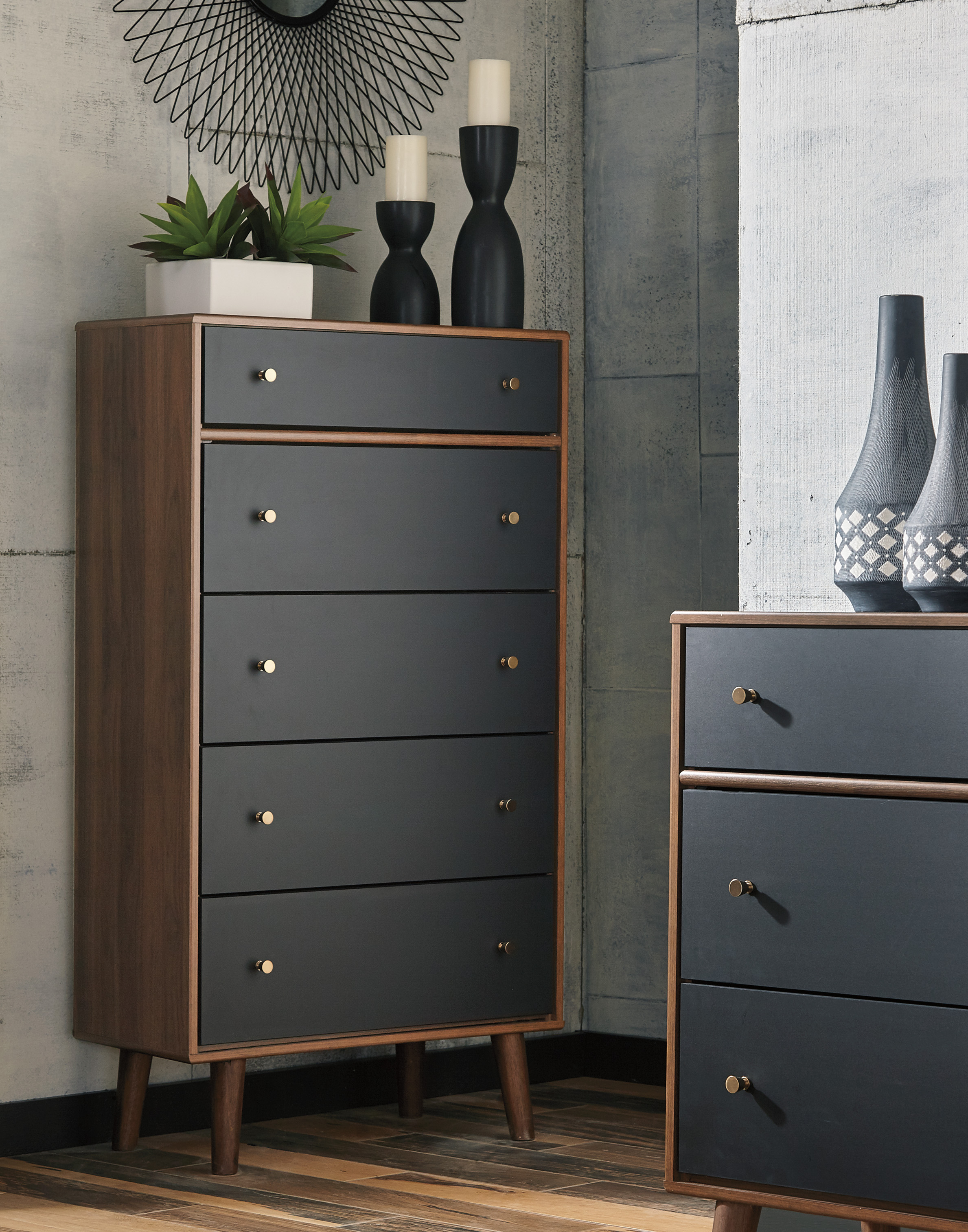 Daneston Brown And Black Five Drawer Chest Marjen Of Chicago Chicago Discount Furniture